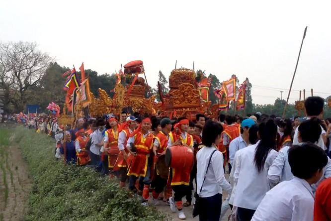 7 lễ hội tâm linh ngay gần Hà Nội không thể bỏ qua trong dịp Tết Nguyên đán ảnh 1