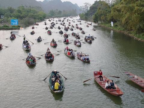 7 lễ hội tâm linh ngay gần Hà Nội không thể bỏ qua trong dịp Tết Nguyên đán ảnh 5