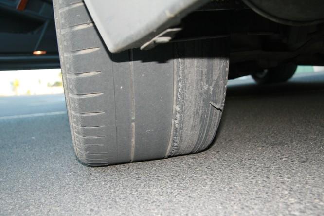 Khi nào thì nên đi kiểm tra góc đặt bánh xe? ảnh 1