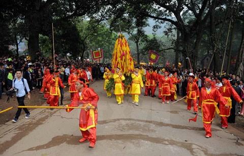 7 lễ hội tâm linh ngay gần Hà Nội không thể bỏ qua trong dịp Tết Nguyên đán ảnh 7