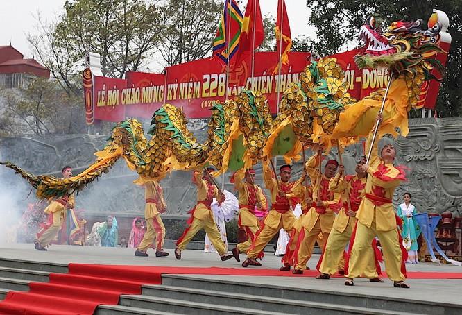 7 lễ hội tâm linh ngay gần Hà Nội không thể bỏ qua trong dịp Tết Nguyên đán ảnh 4