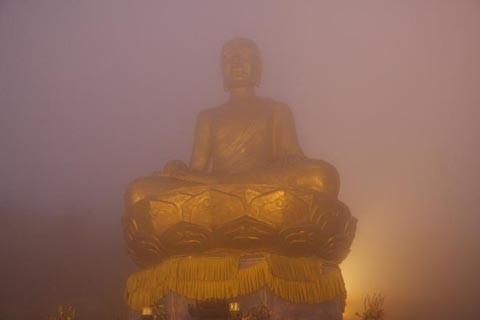 7 lễ hội tâm linh ngay gần Hà Nội không thể bỏ qua trong dịp Tết Nguyên đán ảnh 9