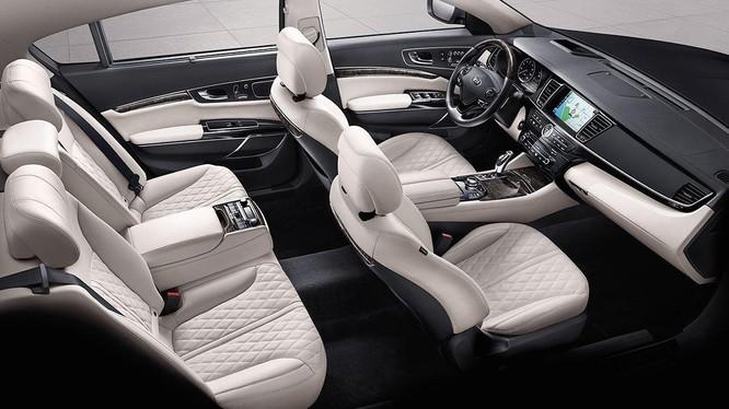 Mẫu sedan cao cấp nhất của Kia chuẩn bị ra mắt thế hệ mới ảnh 2
