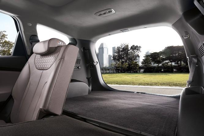 Cận cảnh mẫu Hyundai Santa Fe 2019 vừa chính thức ra mắt ảnh 17