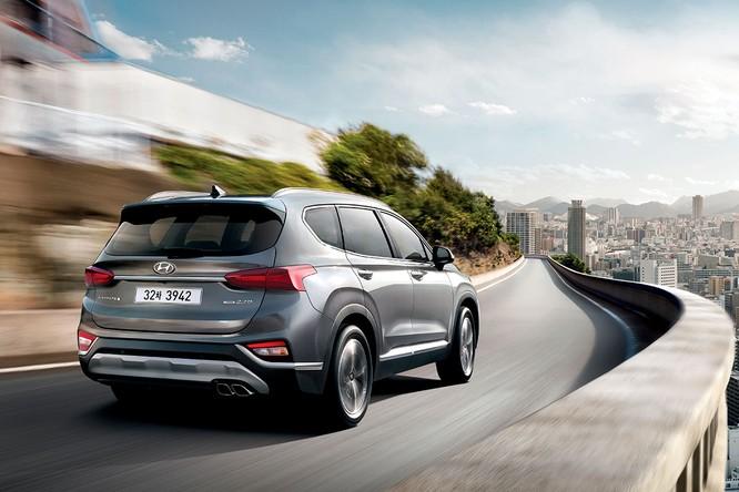 Cận cảnh mẫu Hyundai Santa Fe 2019 vừa chính thức ra mắt ảnh 1