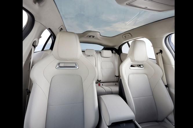 Jaguar I-PACE 2019: Quyết đấu đầu với đối thủ Tesla ảnh 25