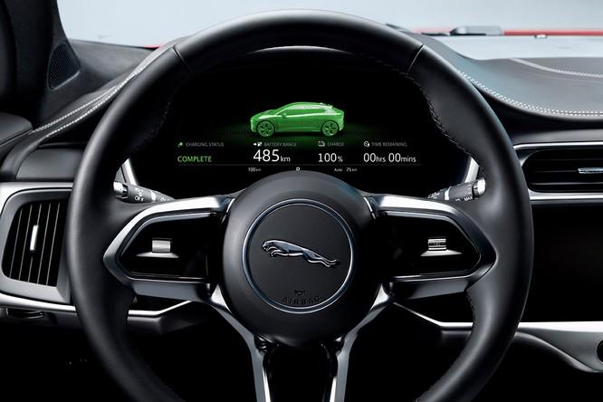Jaguar I-PACE 2019: Quyết đấu đầu với đối thủ Tesla ảnh 23