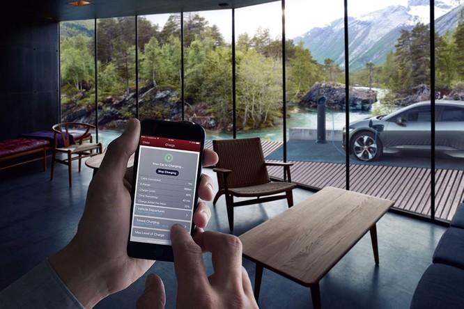 Jaguar I-PACE 2019: Quyết đấu đầu với đối thủ Tesla ảnh 26