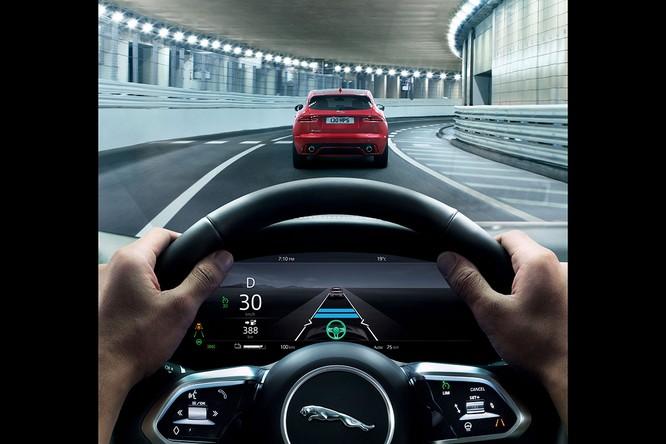 Jaguar I-PACE 2019: Quyết đấu đầu với đối thủ Tesla ảnh 24