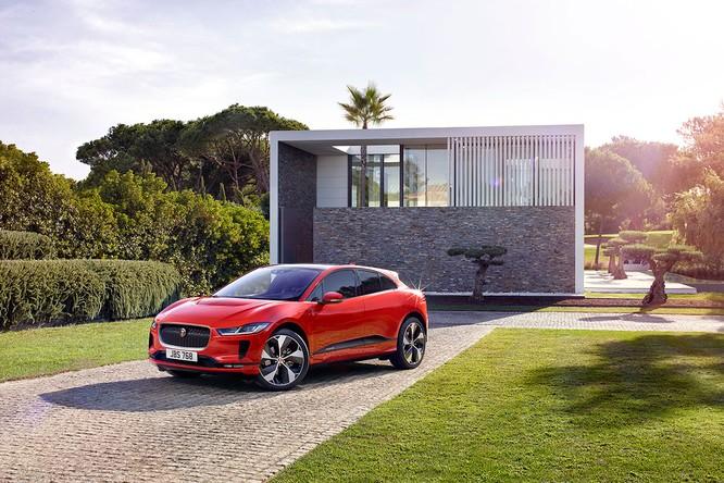 Jaguar I-PACE 2019: Quyết đấu đầu với đối thủ Tesla ảnh 7