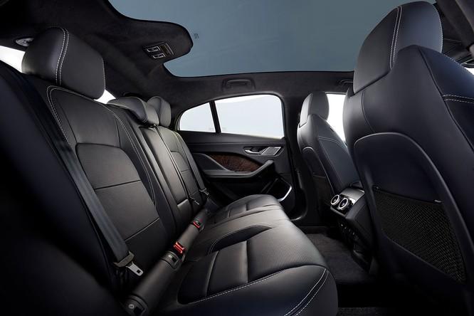 Jaguar I-PACE 2019: Quyết đấu đầu với đối thủ Tesla ảnh 21