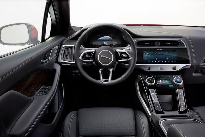 Jaguar I-PACE 2019: Quyết đấu đầu với đối thủ Tesla ảnh 2