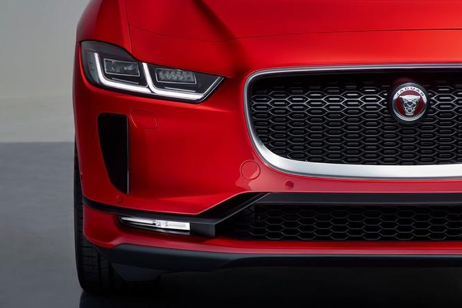 Jaguar I-PACE 2019: Quyết đấu đầu với đối thủ Tesla ảnh 14