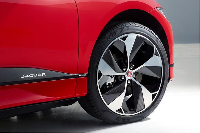 Jaguar I-PACE 2019: Quyết đấu đầu với đối thủ Tesla ảnh 16
