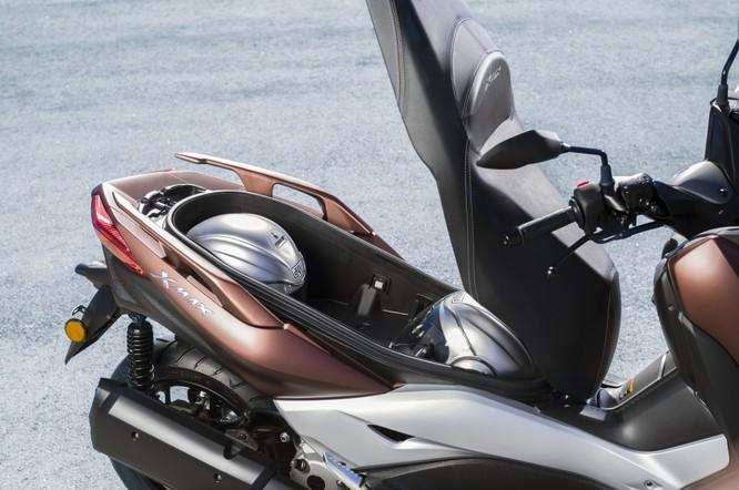 Yamaha X-Max 250 2018 chính thức có giá bán từ 145 triệu đồng ảnh 2