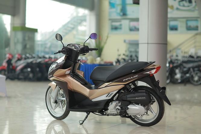 Đến giờ quà của Suzuki Việt Nam mới tới tay tuyển thủ Quang Hải ảnh 3