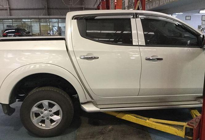 Chiếc Mitsubishi Triton một cầu số tự động bị lỗi động cơ của khách hàng Nguyễn Công Luận ở Quảng Ninh