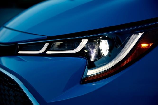 Ngỡ ngàng trước hình ảnh quá đẹp của Toyota Corolla 2019 thế hệ mới ảnh 12