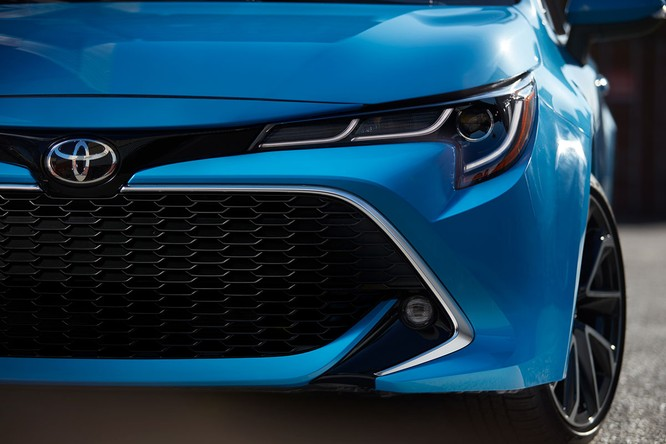 Ngỡ ngàng trước hình ảnh quá đẹp của Toyota Corolla 2019 thế hệ mới ảnh 14