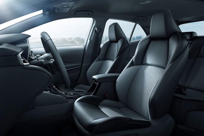 Ngỡ ngàng trước hình ảnh quá đẹp của Toyota Corolla 2019 thế hệ mới ảnh 25