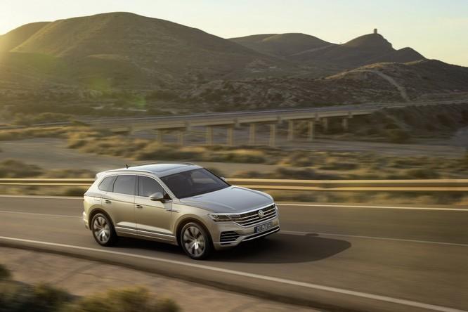 Volkswagen Touareg 2019 chính thức trình làng, to hơn, nhẹ hơn và đầy ắp công nghệ ảnh 12
