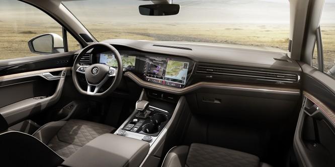 Volkswagen Touareg 2019 chính thức trình làng, to hơn, nhẹ hơn và đầy ắp công nghệ ảnh 20