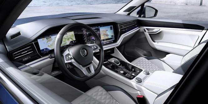 Volkswagen Touareg 2019 chính thức trình làng, to hơn, nhẹ hơn và đầy ắp công nghệ ảnh 21