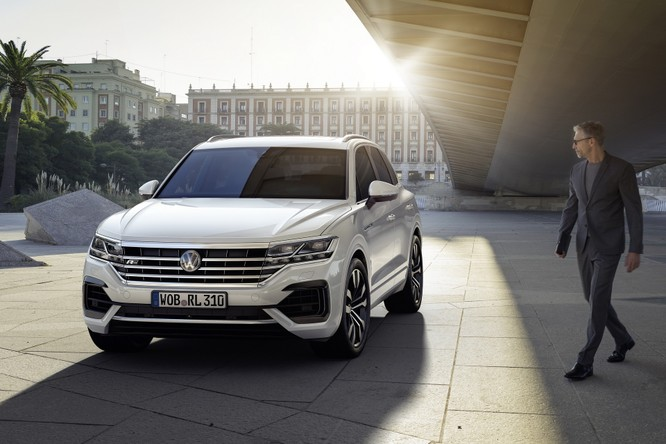 Volkswagen Touareg 2019 chính thức trình làng, to hơn, nhẹ hơn và đầy ắp công nghệ ảnh 16