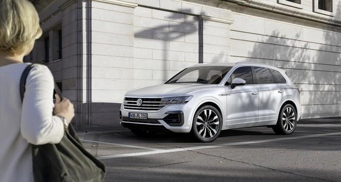 Volkswagen Touareg 2019 chính thức trình làng, to hơn, nhẹ hơn và đầy ắp công nghệ ảnh 17