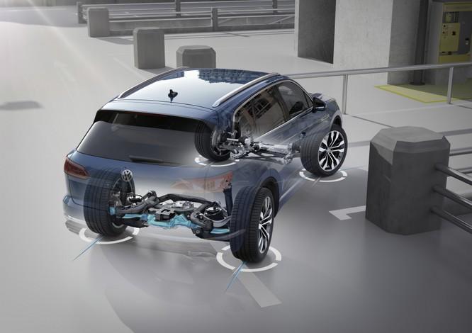 Volkswagen Touareg 2019 chính thức trình làng, to hơn, nhẹ hơn và đầy ắp công nghệ ảnh 27