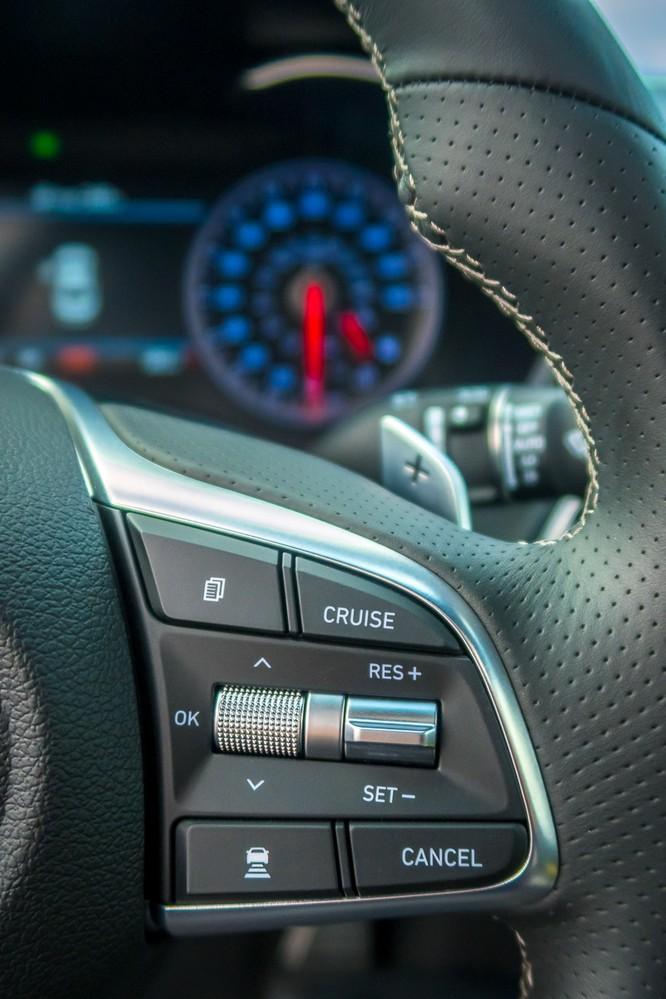 Genesis G70 2019: Đối đầu trực tiếp với BMW 3-Series ảnh 14
