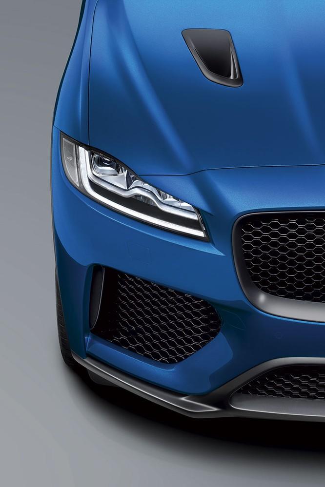 Jaguar trình làng F-PACE SVR, thách thức Porsche Cayenne S ảnh 8