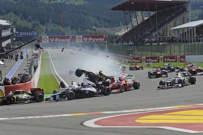 Chiếc Safety Car trong giải đua F1 đã ra đời như thế nào? ảnh 1