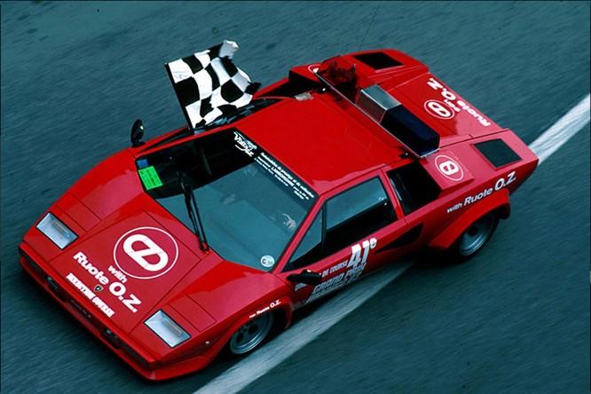 Chiếc Safety Car trong giải đua F1 đã ra đời như thế nào? ảnh 5