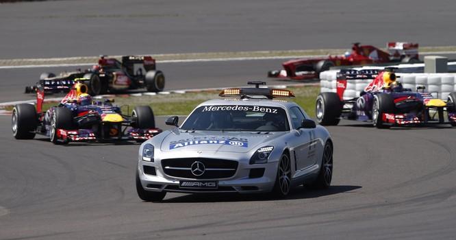 Chiếc Safety Car trong giải đua F1 đã ra đời như thế nào? ảnh 2
