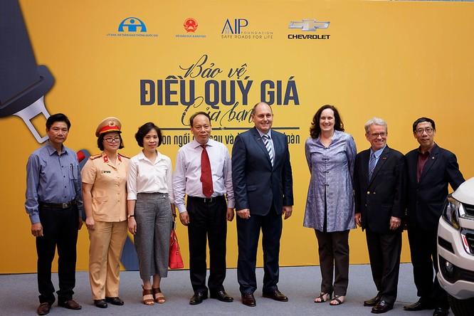 GM Việt Nam phát động chiến dịch an toàn cho trẻ em ngồi trong ô tô ảnh 1