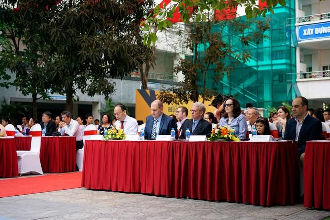 GM Việt Nam phát động chiến dịch an toàn cho trẻ em ngồi trong ô tô ảnh 9