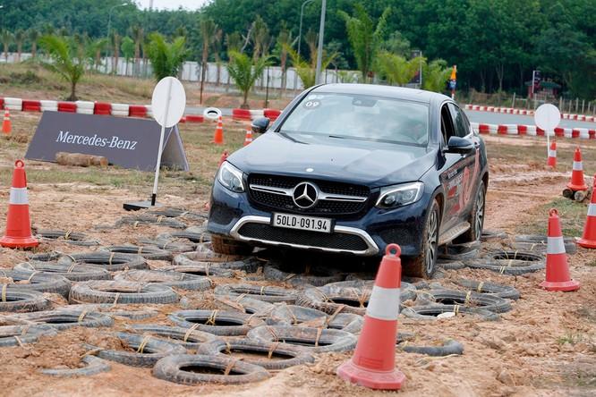 Học viện lái xe an toàn Mercedes-Benz 2018 có gì mới? ảnh 16