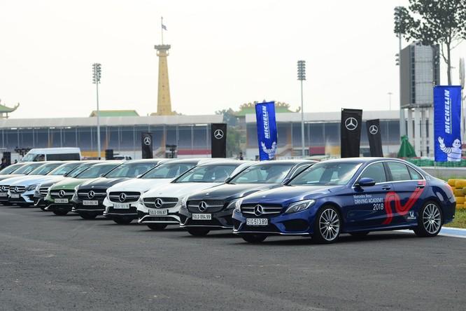 Học viện lái xe an toàn Mercedes-Benz 2018 có gì mới? ảnh 2