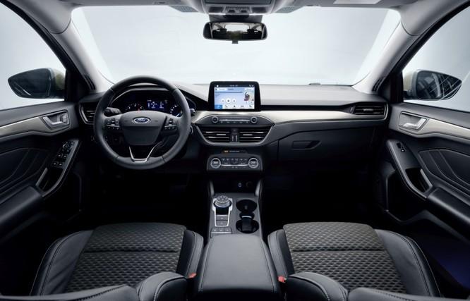 Ford Focus 2019 chính thức trình làng, giá chỉ hơn 350 triệu đồng ảnh 3