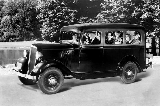 Nhìn lại lịch sử hình thành dòng SUV của Chevrolet ảnh 1