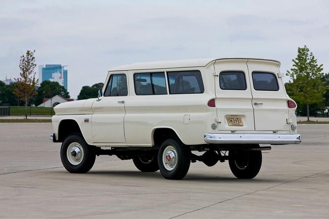 Nhìn lại lịch sử hình thành dòng SUV của Chevrolet ảnh 13