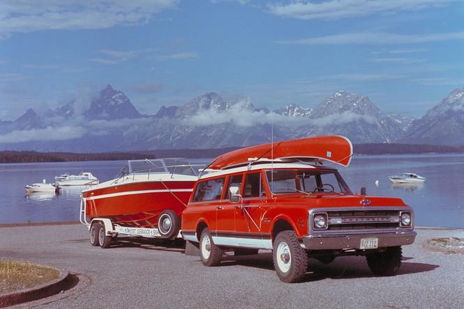 Nhìn lại lịch sử hình thành dòng SUV của Chevrolet ảnh 14