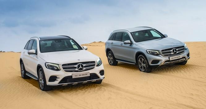 Hơn 4.000 xe Mercedes C, E và GLC phải triệu hồi do lỗi dây đai an toàn và cầu chì ảnh 1
