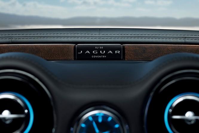 Kỷ niệm 50 năm dòng XJ, Jaguar ra mắt phiên bản đặc biệt XJ50 ảnh 7
