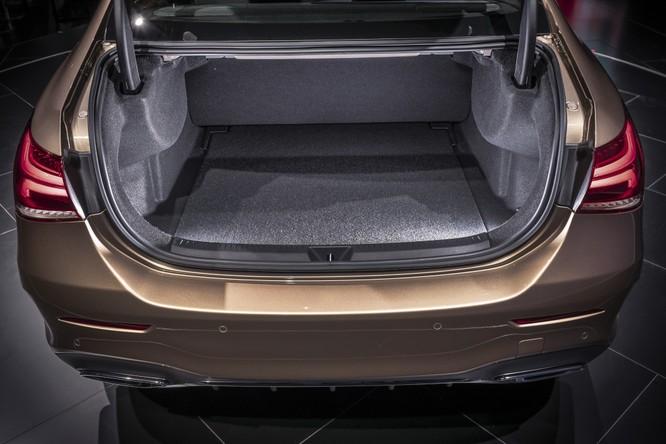 Mercedes-Benz A-Class có thêm bản Sedan, chỉ bán tại Trung Quốc ảnh 13