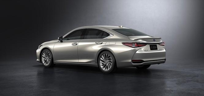 Lexus ra mắt ES 2019, khẳng định vị thế ảnh 1