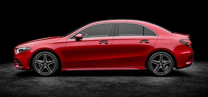 Mercedes-Benz A-Class L Sedan và CLA-Class: Khác nhau ở điểm gì? ảnh 9