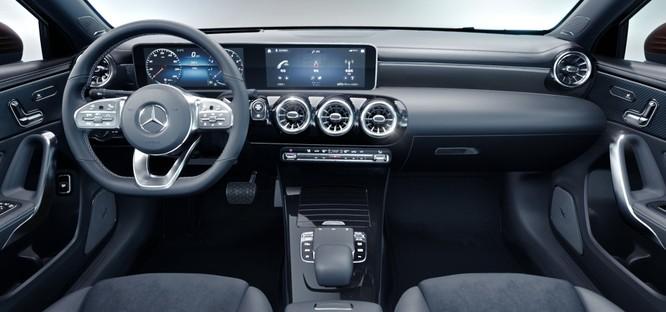 Mercedes-Benz A-Class L Sedan và CLA-Class: Khác nhau ở điểm gì? ảnh 5