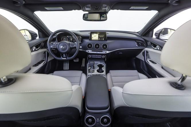 10 thiết kế nội thất ô tô đẹp nhất thế giới của năm 2018 ảnh 4
